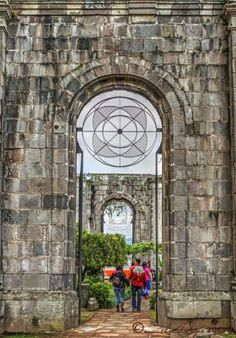 Ruinas del templo parroquial Santiago Apóstol, Cartago, Costa Rica