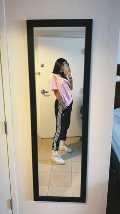 Best Picture For emo skater girl outfits For Your Taste You are looking for something, and it is goi Cute Lazy Outfits, Casual School Outfits, Teenage Outfits, Tomboy Outfits, Teen Fashion Outfits, Swag Outfits, Dope Outfits, Retro Outfits, Simple Outfits