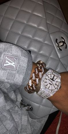 It Girl Accessories - Adore this wrist candy and Gray Chanel Bag - Boujee Aesthetic, Bad Girl Aesthetic, Aesthetic Collage, Aesthetic Vintage, Aesthetic Pictures, Fille Gangsta, Gangsta Girl, Cute Jewelry, Jewelry Accessories