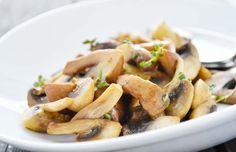Das #Rezept Knoblauch #Champignons ist eine köstliche Beilage zu Wild und Fleischgerichten.