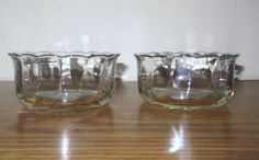 TWO Clear Glass Scalloped Edge Beveled Serving Bowls Gorgeous ! Glass Bowls, Scalloped Edge, Clear Glass, Vintage Antiques, Serving Bowls, Ebay, Mixing Bowls, Bowls