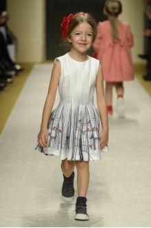 momolo.com red social  de #modainfantil  ➡️ #momolo  ⬅️ #kids #kidswear#streetstyle #streetstylekids #fashionkids #kidsfashion#niños #moda #fashion  momolo, street style kids, fashion kids, Piccola Ludo