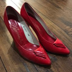 Red High Heels, Leather High Heels, Lady In Red, Spain, Shoes Heels, Loafers, Brand New, Pictures, How To Wear