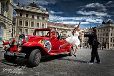 Prague pre-wedding photography by George Hlobil, Prague pre-wedding photographer - Book your pre-wedding photo shoot in Prague, the best overseas destination for pre-wedding photos in Europe #professionalweddingphotography
