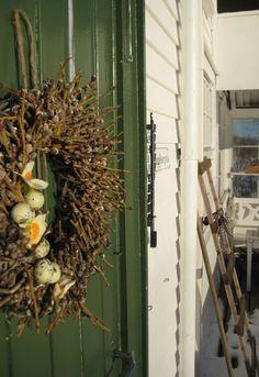 Spring decorates door