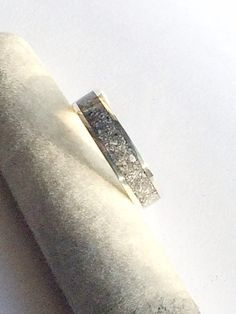 Beautiful Sterling Silver Inlaid with Cremation Ashes of a Beloved Pet Made To Order - Keepsake Cremation Ashes Jewellery Cremation Ashes, Cremation Jewelry, Keepsake Rings, Thing 1, Ring Size Guide, Dress Rings, Band Rings, Sterling Silver Rings, Pendants