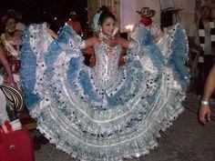 CINTHYA SANTIAGO, REINA DEL CARNAVAL DE PUERTO COLOMBIA 2011(ATLÁNTICO), 'SINFONÍA DE CUMBIA EN AZUL'. Blue And White Dress, Caribbean Sea, Prom Dresses, Formal Dresses, Boho Gypsy, Traditional Dresses, Columbia, Dance, Quinceanera Ideas