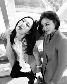 안녕!!!!! I'm comeback!!!😂😂😁😁 #문채원 #moonchaewon #parksiyeon #착한남자 #theinnocentman #actress #kdrama #이뻐요