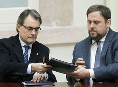 El procés avança: ERC s'acosta a CiU en els pressupostos - elsingular.cat, 15/12/2014. La reunió de la permanent nacional d'ERC ha decidit no presentar esmenes a la totalitat als pressupostos que ha presentat el govern català per l'any 2015. Així, i tal i com ja va avançar dissabte ElSingular, els republicans facilitaran la tramitació dels pressupostos. Fonts d'ERC han confirmat que efectivament això es pot entendre com un gest cap al govern de la Generalitat per al bé del procés.