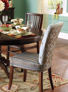 I love these colors!! I think they would work for spring in my breakfast nook:))
