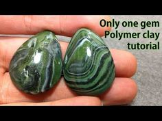How to make original gemstone with clay - YouTub (Revist stripes and at the end she flames the clay with a lighter) Polymer Clay Canes, Fimo Clay, Polymer Clay Projects, Polymer Clay Creations, Polymer Clay Beads, Clay Crafts, Plaster Crafts, Polymer Clay Sculptures, Clay Flowers