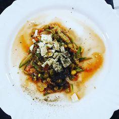 Jantar: macarrão de abobrinha (é só cortar a abobrinha bem fininha e fazer como macarrão) ao molho de tomate, ervilha e milho + 1 pedacinho de queijo light 😊👏❤ #projetomiparreira #instafitness #vamoslá #dietaetreino #fitgirls #emagrecimento #alimentaçãosaudável #vidasaudável #diariofitness #fitmotivation #vamosnafé #vemcomelas #lifestyle #maisumdia #jadeucerto #focadona #segueoplano #foconadieta  Check out BobbyOWilson.com for fitness and nutrition related articles!