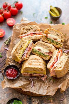 Panini, I Foods, Pesto, Salsa, Sandwiches, Breakfast, Gastronomia, Morning Coffee, Salsa Music