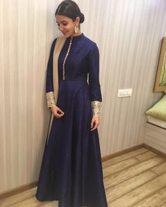 shaliniboutique - Anushka Sharma Taffeta And Silk Party Wear Anarkali Suit In Blue Colour Indian Attire, Indian Ethnic Wear, Indian Outfits, Indian Gowns Dresses, Pakistani Dresses, Indian Dresses For Women, Indian Designer Suits, Anarkali Dress, Sabyasachi Gown