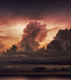 Un orage au-dessus du lac Okeechobee, en Floride, aux Etats-Unis