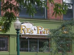 Pies and Pints Review Charleston WV. They have a huge gluten free menu and really tasty food.
