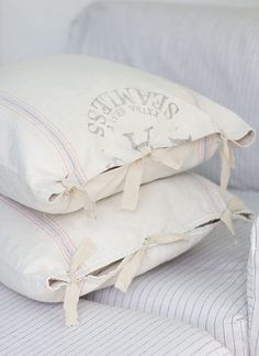 Jenna Sue: The easiest & cheapest vintage grain sack pillow covers ever!