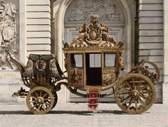 vivelareine: The coronation coach of Charles X (otherwise know as Charles Philippe, the comte d'Artois) Versailles, Roi Charles, Horse Carriage, Grand Palais, Horse Drawn, Marie Antoinette, Corvette, Fairy Tales, Antiques