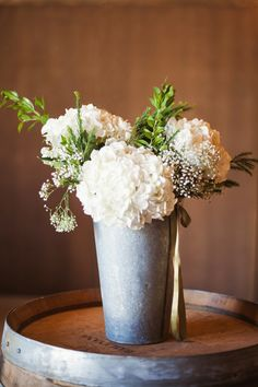 7 Tips for Creating DIY Wedding Flowers on a Budget