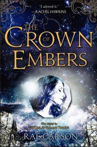 Recensie: The Crown of Embers door Rae Carson. Net als in The Girl of Fire and Thorns had ik een paar hoofdstukken nodig voordat ik aan de schrijfstij...