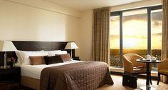 home-interior-designs-hotel-bedroom-design_102729-840x450.jpg 840×450 пикс