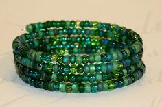 Green bracelet, Emerald Green Czech Glass Memory Wire Bracelet, Beaded Cuff