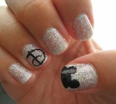 Disney nails :-) Do you think if I take this to the pedicure place they could do this to my toes?