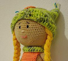 Háčkovaná bábika Anička ~ Tvorím s láskou - by Peťka Panda, Winter Hats, Origami, Crochet Hats, Dolls, Free, Minnie Mouse, Smooth Hair, Amigurumi