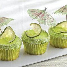 Bring together Betty Crocker® SuperMoist® lemon cake mix and frosting to make these margarita cupcakes – a perfect dessert to treat a crowd. By Betty Crocker Kitchens Betty Crocker, Margarita Cupcakes, Lime Cupcakes, Margarita Party, Fancy Cupcakes, Yummy Cupcakes, Lemon Cake Mixes, White Cake Mixes, Cupcake Frosting