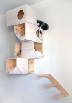 Catissa Wall Mounted Cat Tree Solid Wood and Sheepskin Cats Love It | eBay
