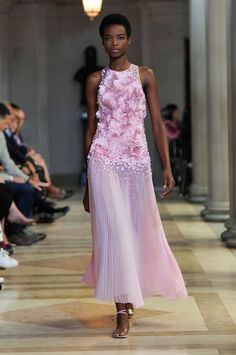 58 of the Prettiest Dresses From New York Fashion Week Spring 2015  - ELLE.com CAROLINA HERRERA