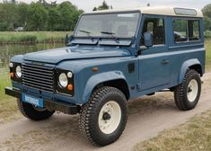 ideas suv cars land rovers defender 90 for 2019 Land Rover Defender Interior, New Land Rover Defender, Landrover Defender, Motorhome, Defender 90 For Sale, Best Suv Cars, Volkswagen, Small Travel Trailers, Cars Land