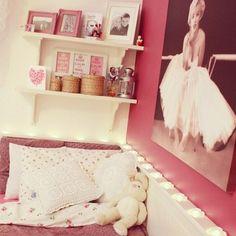 rosa, decoração, quarto, marilyn monroe poster, fotos.