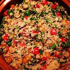 This was my first recipe I tried with #quinoa. With all the Mexican flavors in there, it's basically a burrito bowl. In other words: WONDERFUL.