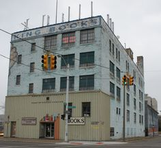 John K. King Used & Rare Books has over 900,000 books in Detroit, MI.  This is an awesome place to browse in.