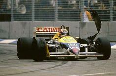 Nigel Mansell (GBR) Williams FW11, DNF Australian Grand Prix, Adelaide, 26 October 1986. World ©  SUTTON