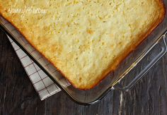 Corn casserole can be one of the most delicious dishes on the dinner table, but it can also be one of the most fattening. This easy casserole recipe for Secretly Skinny Cream Corn Casserole makes use of light ingredients and smart substitutions. Skinny Recipes, Ww Recipes, Side Dish Recipes, Cooking Recipes, Side Dishes, Skinnytaste Recipes, Skinny Meals, Corn Recipes, Healthy Recipes