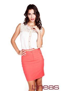 Blusa, Modelo 18592. Precio $150 MXN y Falda, Modelo 19837. Precio $160 MXN #Lineas #outfit #moda #tendencias #2014 #ropa #prendas #estilo #primavera #outfit #blusa #falda