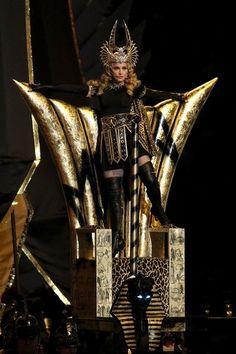 Madonna . superbowl XLVI halftime show