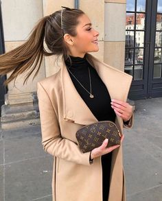 simple winter outfits to make getting dressed easy style inspiration winter. simple winter outfits to make get. Winter Mode Outfits, Winter Fashion Outfits, Fall Outfits, Autumn Fashion, Holiday Outfits, Work Outfits Women Winter Office Style, Autumn Outfits Women, Fashion Clothes, Summer Outfits