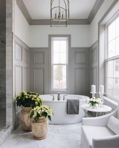 Unique Traditional Bathroom Design Ideas For Room - When designing a new bathroom there are many style options to choose from. You can go with contemporary, traditional, antique, or modern design. Bathroom Spa, Bathroom Layout, Bathroom Interior Design, Decor Interior Design, Interior Decorating, Bathroom Ideas, Bathroom Organization, Remodel Bathroom, Bathroom Renovations