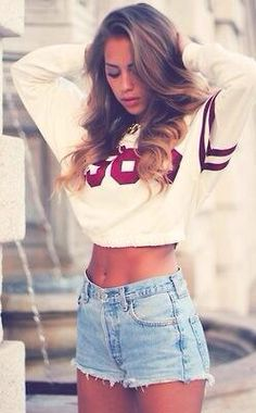 Style Guide - Wear High Waist Shorts with Crop Top @fashionaffairin #style #tips #shorts