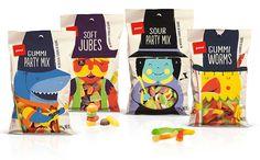 Weingummi & Lakritze: Süßes Verpackungsdesign für Naschzeug #packing #design #sweets