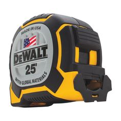 Provide simple, reliable and accurate measurements on your work site with the help of this DEWALT Tape Measure. Dewalt Cordless Tools, Dewalt Tools, Cool Tools, Diy Tools, Hand Tools, Woodworking Workshop, Woodworking News, Canadian Woodworking, Steam Bending Wood