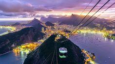 RIO DE JANEIRO, BRASIL. A Baía da Guanabara, considerada uma das paisagens mais belas do mundo, vista pelo bondinho do Pão de Açúcar (via Roberto Lemos, no Google+).