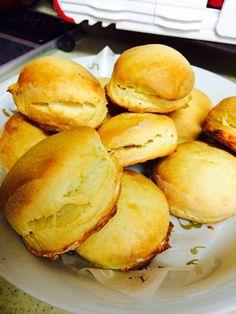 ホットビスケット Food Gallery, Hamburger, Bread, Hamburgers, Breads, Bakeries, Burgers, Loose Meat Sandwiches