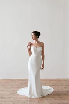 Naomi Neoh Ebony - A corseted crepe under-dress. Mirror Mirror Bridal, Wedding Dress Boutiques, Wedding Dresses, Minimalist Dresses, Under Dress, Gowns Of Elegance, North London, Minimal Design