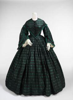 Walking Dress. Met Museum. American, c. 1865. 2009.300.3336a, b