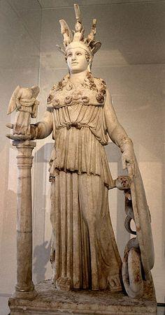 6. Athena Parthenos, c.447 - 432 a.C. Cópia romana em mármore do original de madeira, ouro e marfim feita por Fídias, altura 104 cm; Museu Arqueológico Nacional, Atenas