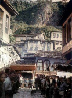 Jewish Neighborhood, Bursa by Ottoman History Podcast, via Flickr